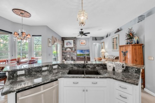 1077-Winding-Waters-Cir--Winter-Springs--FL-32708---22---Kitchen.jpg