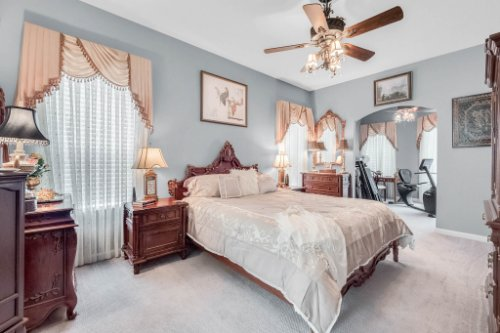1077-Winding-Waters-Cir--Winter-Springs--FL-32708---26---Master-Bedroom.jpg
