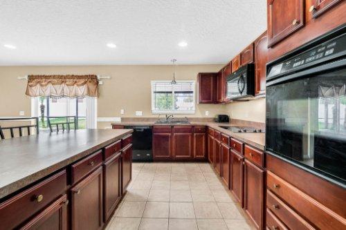 1826-Delafield-Dr--Winter-Garden--FL-34787---21---Kitchen.jpg