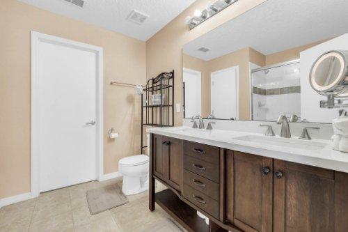 1826-Delafield-Dr--Winter-Garden--FL-34787---27---Master-Bathroom.jpg