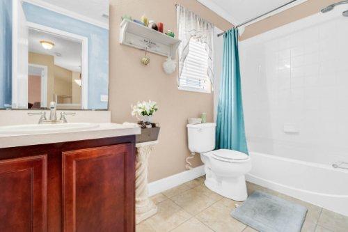 1826-Delafield-Dr--Winter-Garden--FL-34787---31---Bathroom.jpg