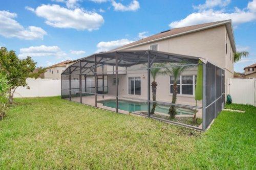 1826-Delafield-Dr--Winter-Garden--FL-34787---34---Backyard.jpg