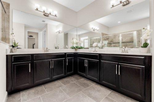 14648-Porter-Rd--Winter-Garden--FL-34787---27---Master-Bathroom.jpg