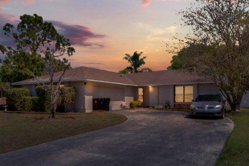 5267-Crisfield-Ct--Orlando--FL-32808---01---Simulated-Twilight-2.jpg
