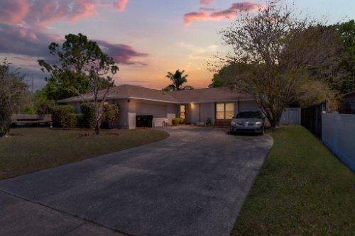 5267-Crisfield-Ct--Orlando--FL-32808---01---Simulated-Twilight.jpg