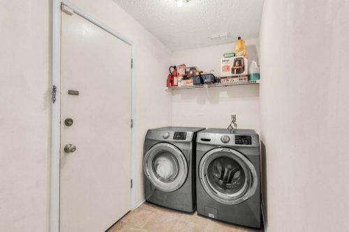 5267-Crisfield-Ct--Orlando--FL-32808---17---Laundry.jpg