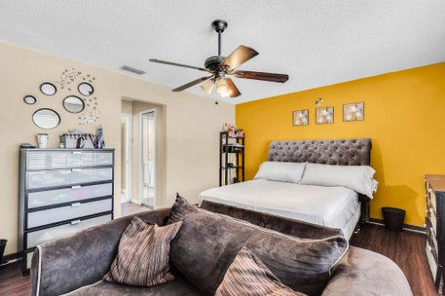 5267-Crisfield-Ct--Orlando--FL-32808---19---Master-Bedroom.jpg