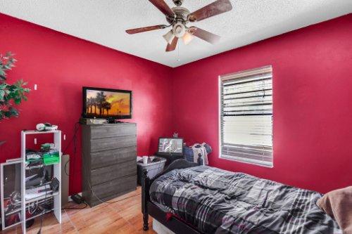 5267-Crisfield-Ct--Orlando--FL-32808---26---Bedroom.jpg