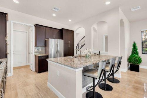 7689-Toscana-Blvd--Orlando--FL-32819---13---Kitchen.jpg