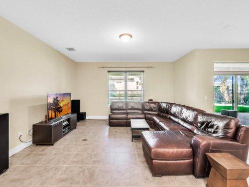 712-Cristaldi-Way--Longwood--FL-32779---10---Family-Room.jpg