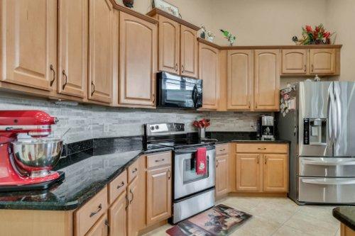 124-Alexandria-Pl-Dr--Apopka--FL-32712----17---Kitchen.jpg