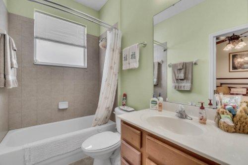 124-Alexandria-Pl-Dr--Apopka--FL-32712----28---Bathroom.jpg