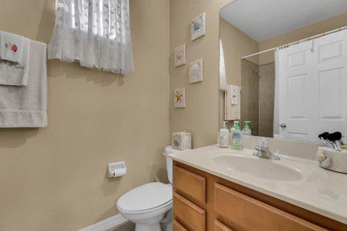 124-Alexandria-Pl-Dr--Apopka--FL-32712----31---Bathroom.jpg