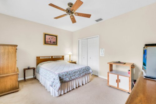 5284-Shoreline-Cir--Sanford--FL-32771----30---Bedroom.jpg