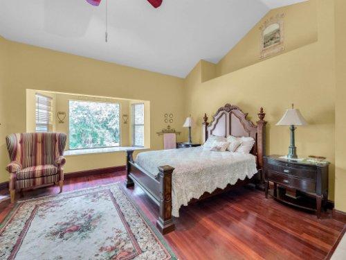 600-River-Oaks-Dr--Osteen--FL-32764----18---Master-Bedroom.jpg