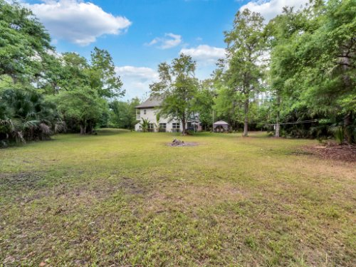 600-River-Oaks-Dr--Osteen--FL-32764----34---Backyard.jpg