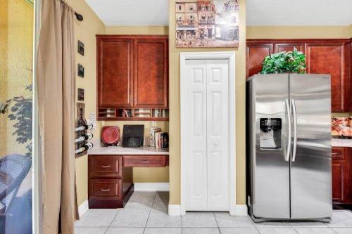 2260-Wekiva-Village-Ln--Apopka--FL-32703----15---Kitchen.jpg