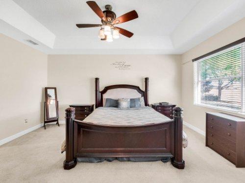 23539-Companero-Dr--Sorrento--FL-32776----20---Master-Bedroom.jpg