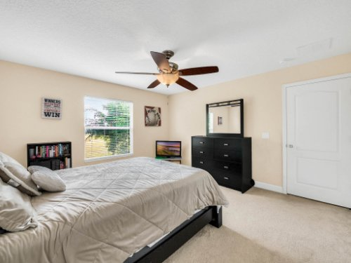 23539-Companero-Dr--Sorrento--FL-32776----28---Bedroom.jpg