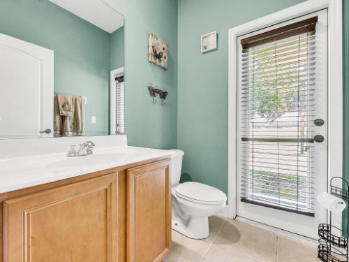 23539-Companero-Dr--Sorrento--FL-32776----29---Bathroom.jpg