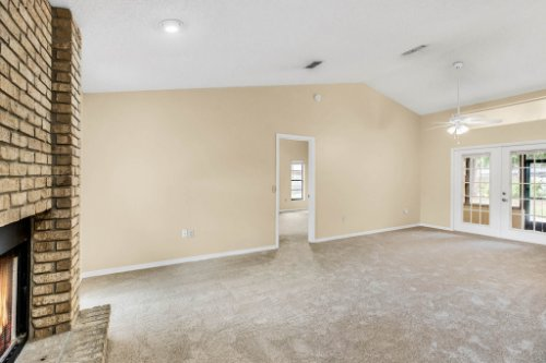 7034-Morning-Dove-Circle-Lakeland--FL-33809--03--Living-Room-1----2.jpg