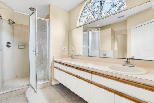 7034-Morning-Dove-Circle-Lakeland--FL-33809--15--Owner-s-Bath-1---1.jpg