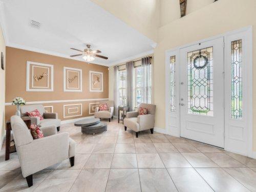 1056-Vinsetta-Cir--Winter-Garden--FL----07---Foyer.jpg