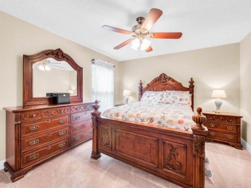 1056-Vinsetta-Cir--Winter-Garden--FL----33---Bedroom.jpg