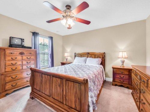 1056-Vinsetta-Cir--Winter-Garden--FL----35---Bedroom.jpg