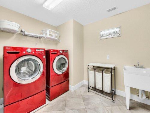 1056-Vinsetta-Cir--Winter-Garden--FL----40---Laundry.jpg