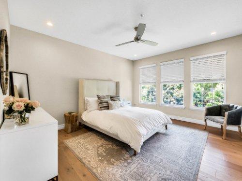 925-Hanley-Alley--Orlando--FL-32814----19---Master-Bedroom.jpg