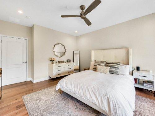925-Hanley-Alley--Orlando--FL-32814----20---Master-Bedroom.jpg