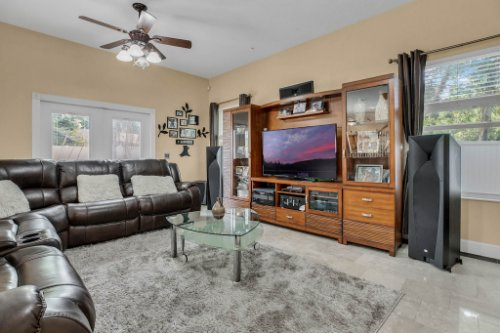 1755-E-Lagoon-Cir.-Clearwater--FL-33765--10--Family-Room-1----2.jpg
