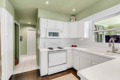 10145-Lake-Louisa-Rd--Clermont--FL-34711----13---Kitchen.jpg