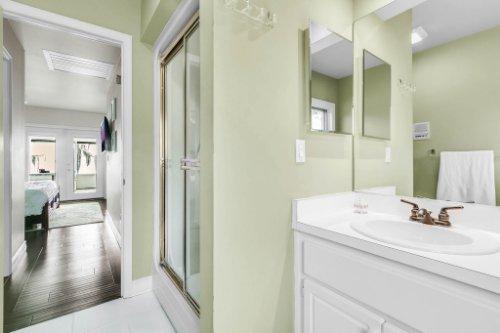 10145-Lake-Louisa-Rd--Clermont--FL-34711----22---Master-Bathroom.jpg
