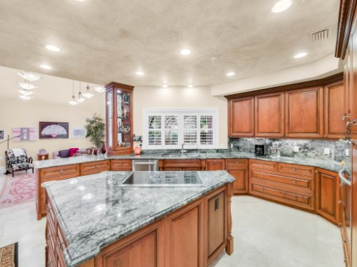 1445-Shadwell-Cir--Lake-Mary--FL-32746----17---Kitchen.jpg