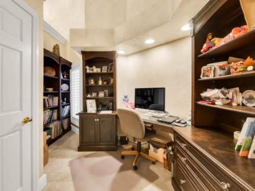 1445-Shadwell-Cir--Lake-Mary--FL-32746----26---Master-Bedroom.jpg