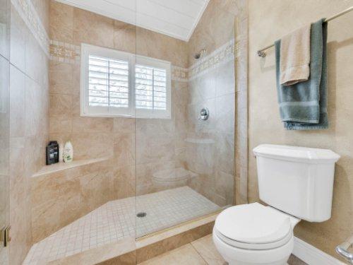 1445-Shadwell-Cir--Lake-Mary--FL-32746----33---Bathroom.jpg