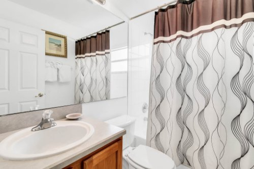 15931-Heron-Hill-St--Clermont--FL-34714----28---Bathroom.jpg
