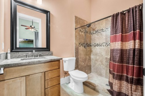 2490-Zuni-Rd--St-Cloud--FL-34771----35---Bathroom.jpg