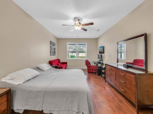 1310-Royal-St-George-Dr--Orlando--FL-32828----21---Master-Bedroom.jpg