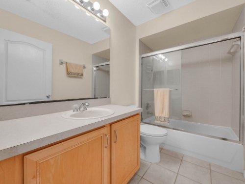 1310-Royal-St-George-Dr--Orlando--FL-32828----29---Bathroom.jpg