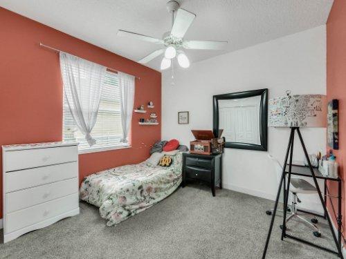 1029-Hanging-Vine-Point--Longwood--FL-32750----27---Bedroom.jpg