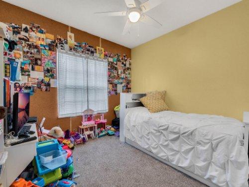 1029-Hanging-Vine-Point--Longwood--FL-32750----30---Bedroom.jpg