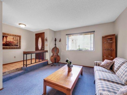 544-Tiberon-Cove-Rd--Longwood--FL-32750----07---Living.jpg