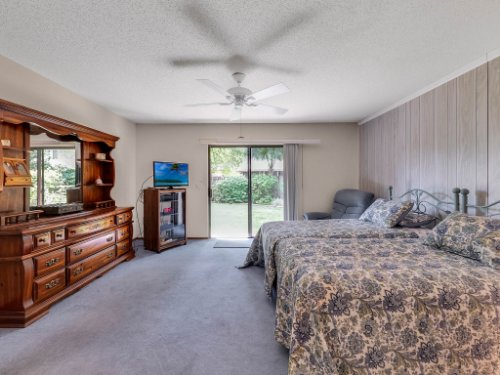 544-Tiberon-Cove-Rd--Longwood--FL-32750----20---Master-Bedroom.jpg