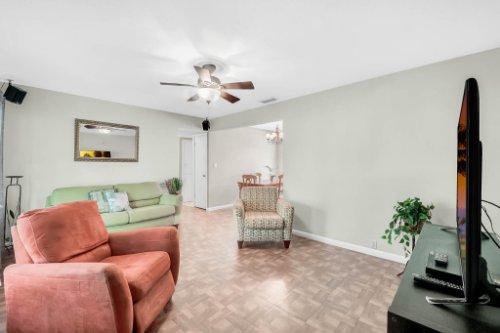 157-Birchwood-Dr--Maitland--FL-32751----06---Family-Room.jpg