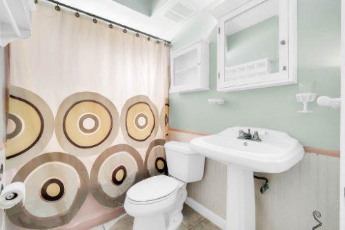 157-Birchwood-Dr--Maitland--FL-32751----20---Bathroom.jpg