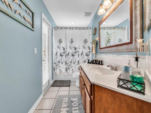 2769-Teak-Pl--Lake-Mary--FL-32746----32---Bathroom.jpg