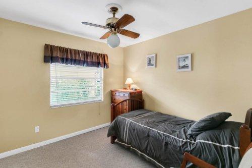 3928-Rose-Petal-Ln--Orlando--FL-32808----26---Bedroom.jpg